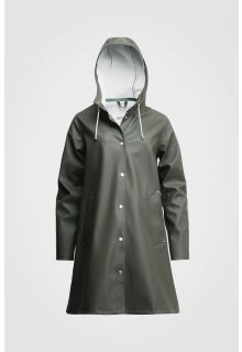 Stutterheim---Raincoat-for-women---Mosebacke---Green