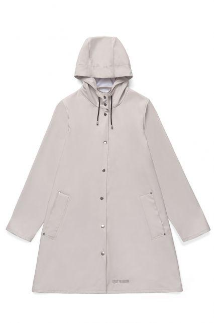Stutterheim---Lightweight-raincoat-for-women---Mosebacke-LW---Light-Sand