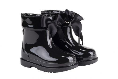 Igor---Rainboots-for-girls---Bimbi-Lazo-high-gloss-with-bow---Black