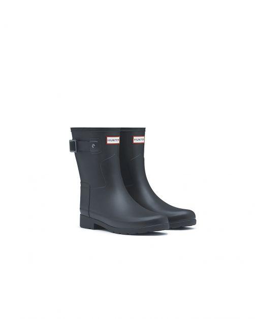 Hunter---Refined-rainboots-for-women---Slim-Fit-Short-Wellington---Black